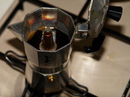 Risultati immagini per moka caffè